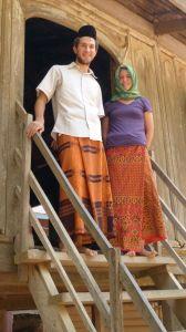 Renae and Henry in Svay Klang