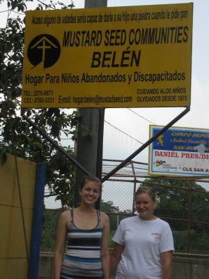 Service visit to San Antonio Sur — Amy and Jen