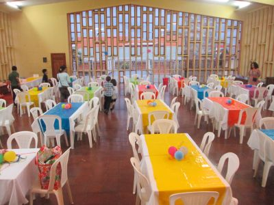 Students did a great job preparing the Jinotepe City Hall/Convention Center into a colorful, welcoming space for the Despedida-A Farewell thank you celebration for host families.