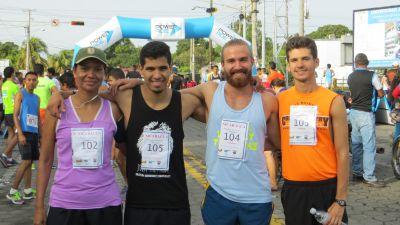 Happy Faces before the race-Maria & Joshua Schirch, Isaiah & Luke