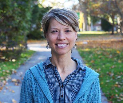 Julie Reese '91