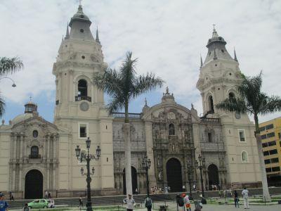 The Catholic Basilica dominates the Plaza de Armas skyline