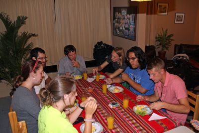 Students enjoy their final meal in Peru.