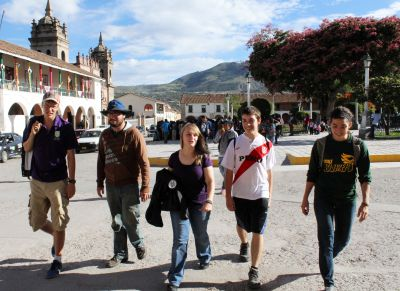 Thomas, Jonathan, Aimee, Jake and Gretchen stroll through the Plaza de Armas in Ayacucho.