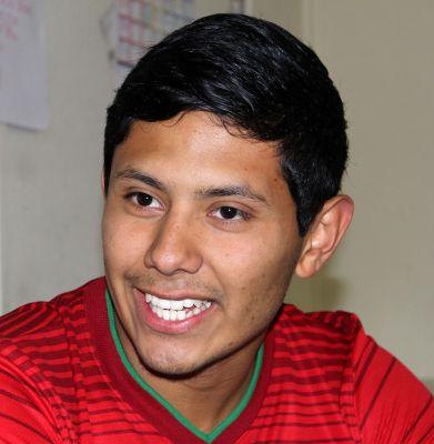 Alejandro Genis.