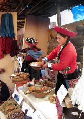 Crossing the Sacred Valley: Chinchero to Moray and More