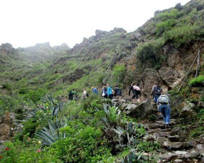 Crossing the Sacred Valley: Ollantaytambo