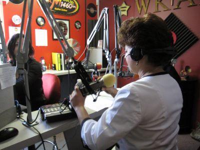 Goshen College Latino Radio Show