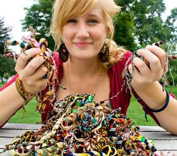 Goshen College senior helps Peruvians profit through bracelet sales