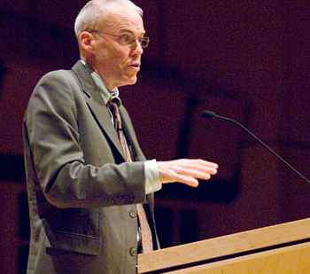 With urgency, McKibben calls for global action to make 350 the target in climate change