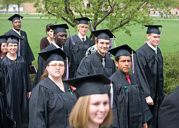 At 110th Goshen College commencement, noted human rights advocate tells graduates to persevere, to serve others and to trust in God