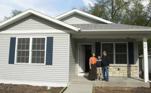 Goshen College unites to raise money for employee Habitat house