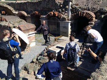 Classes trace the Apostle Paul's footsteps through Greece and Rome