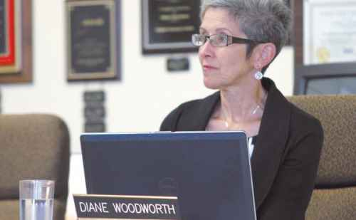 """Woodworth leads Goshen school system"" in the Goshen News about Diane Woodworth '83"