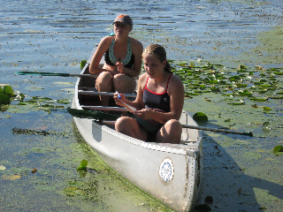 Goshen College launches Sustainability Semester at Merry Lea with canoe trip of watershed