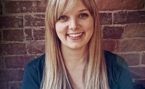 "Kate Stoltzfus '05 named among Pittsburgh Magazine's ""40 under 40"""