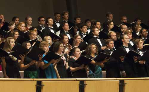 Winter concert celebrates a decade of women's and men's choirs