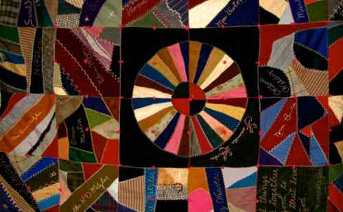 Exhibit highlights commemorative quilts