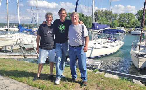 Don Yost '72 and Rod Kaufman '83 help save kayakers on Lake Michigan – The Goshen News