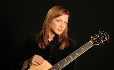 Carrie Newcomer '80 | A conversation with music – On Being with Krista Tippett