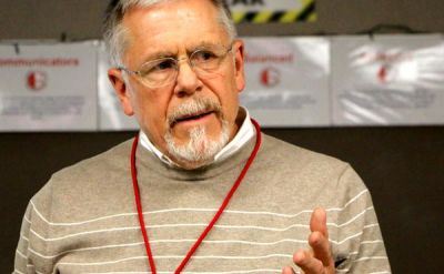 Carl Weaver '69 provides hands-on experience for Goshen High School students – Good of Goshen