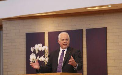 "President's baccalaureate sermon: ""Dawning lights"""