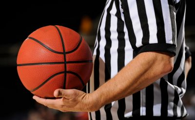 Jay Smith '74 to receive Outstanding Basketball Official Award