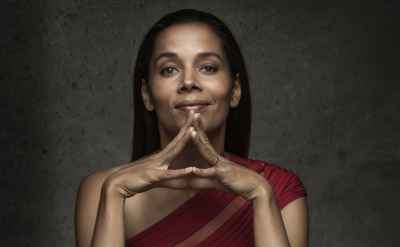 Rhiannon Giddens will bring Carolina Chocolate Drops to Goshen Oct. 13