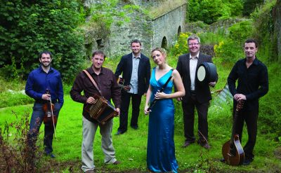 Celebrate Christmas with the traditional Irish music of Danú