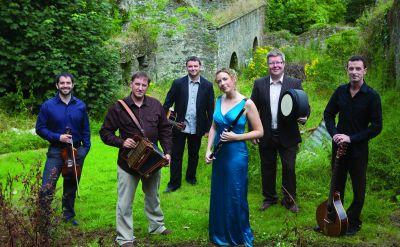 Celebrate Christmas with the traditional Irish music of Danú