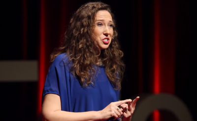 Anne Glick '98: From fearful to Globe Smart – TEDxEde