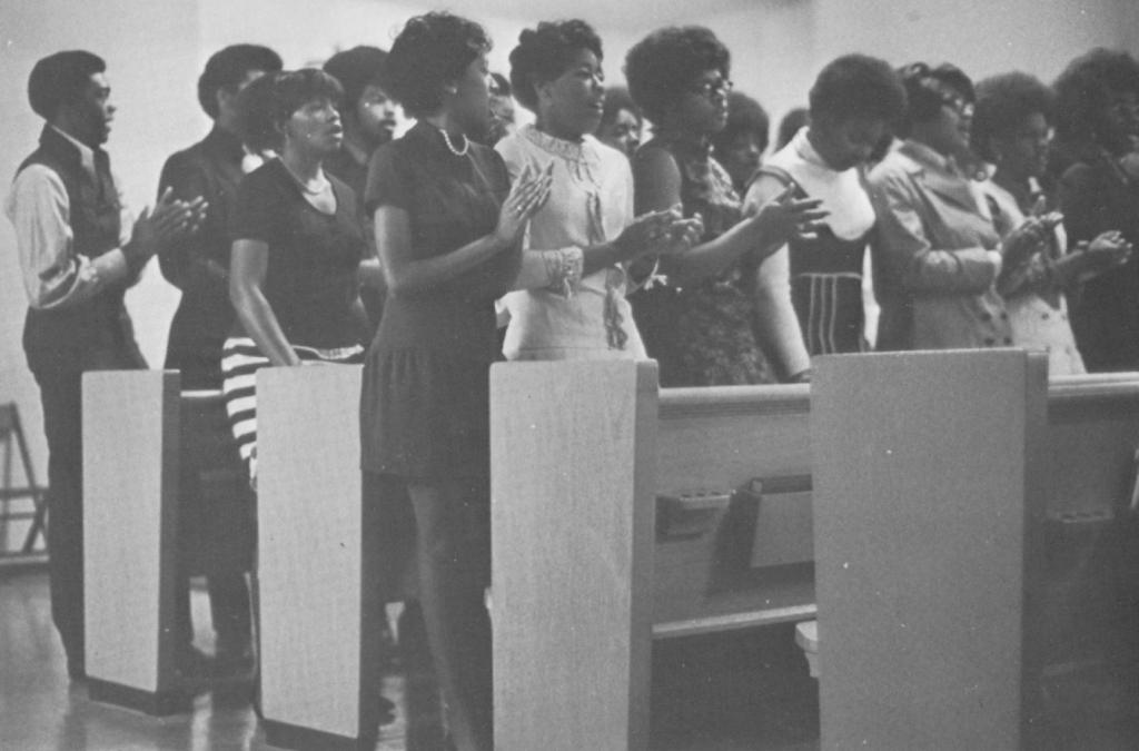 1970 - Ebony Voices - Maple Leaf