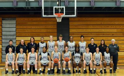 Alumni Board Recognition: 2015-16 Goshen College Women's Basketball Team