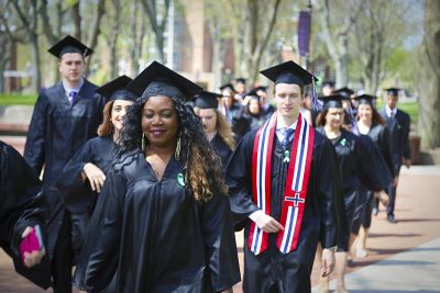 16_0424_Commencement_Processional026WEB_bys