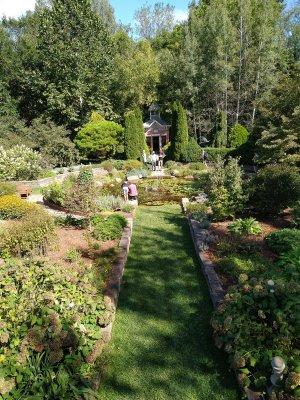 Defries Calendar Garden
