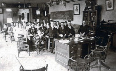 Black and white photo of a classroom full of students