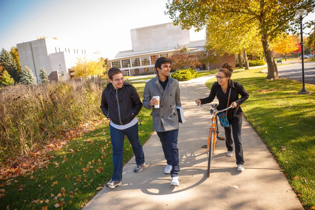Goshen College students walking through campus